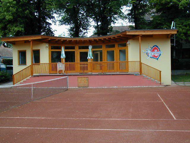 TC_Poysdorf_clubhaus_1.jpg