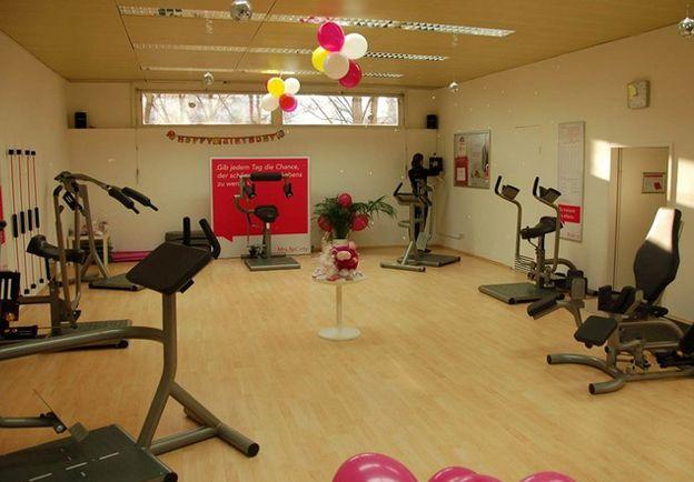 Mrs. Sporty Ada Christen Gasse | Fitnessbereich