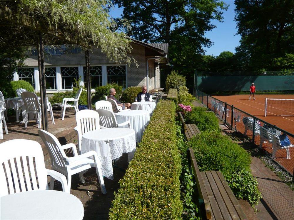 tennisanlage eichenhof 22397 hamburg eversports. Black Bedroom Furniture Sets. Home Design Ideas