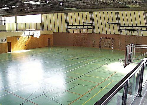 Kurt-Kucera-Halle Spielfeld